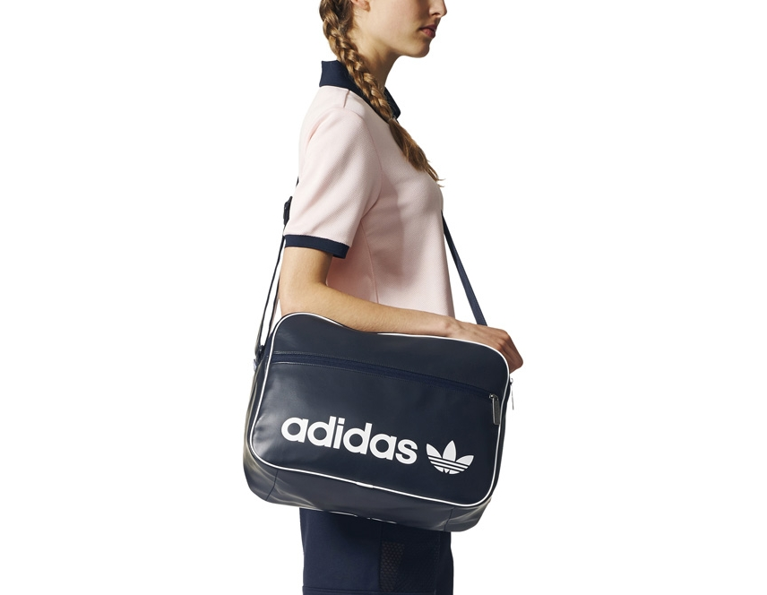 adidas Bolsa Airliner Vintage. Please upgrade to full version of Magic Zoom  Plus™ b3d6555e47f93