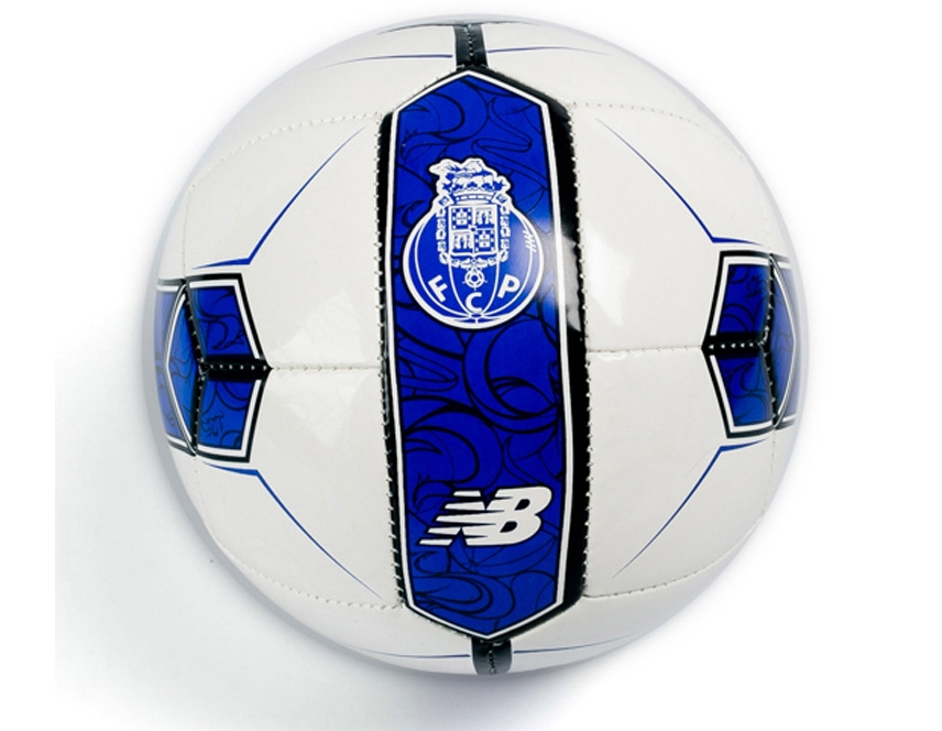 New Balance Mini Bola Oficial F.C.Porto 2018 2019. Please upgrade to full  version of Magic Zoom Plus™ 09c19695a03a2