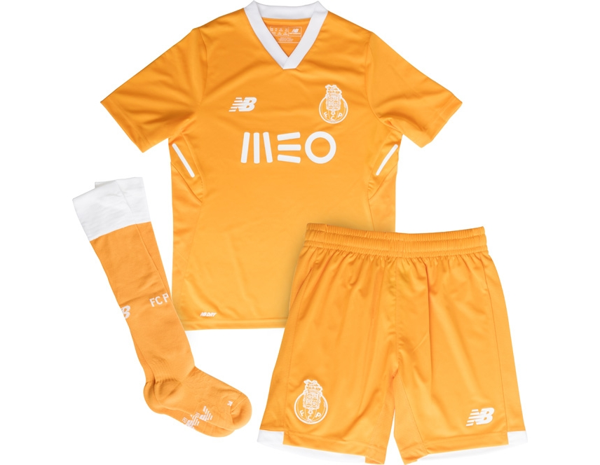 New Balance Mini Kit Oficial F.C.Porto Away 2017 2018 Jr. Please upgrade to  full version of Magic Zoom Plus™ 33f30306d74c6