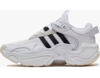dbd1b5e96 adidas Sapatilha Magmur Runner W